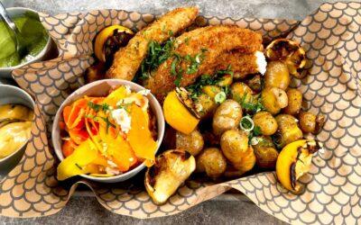 Krispig fisk med småpotatis och dipp